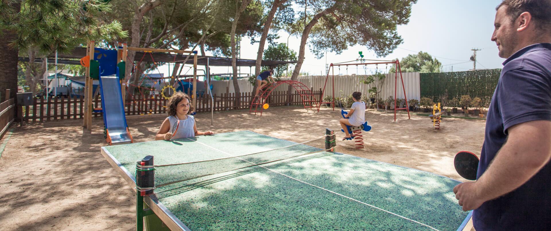 parque infantil  instalaciones Camping Palm Mar